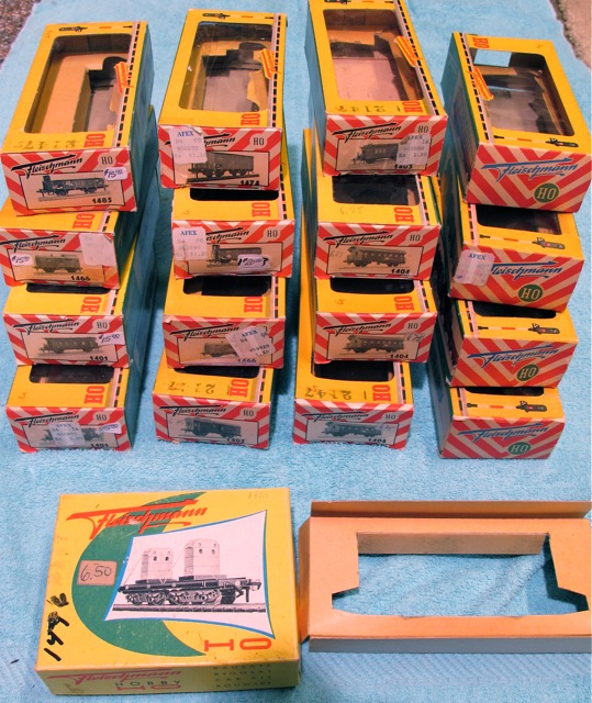 Classic Fleischmann Boxes