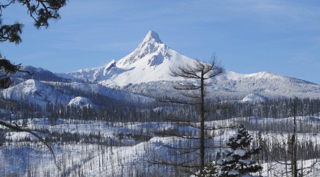 Sandiam Pass -- Mt. Washington Viewpoint.
