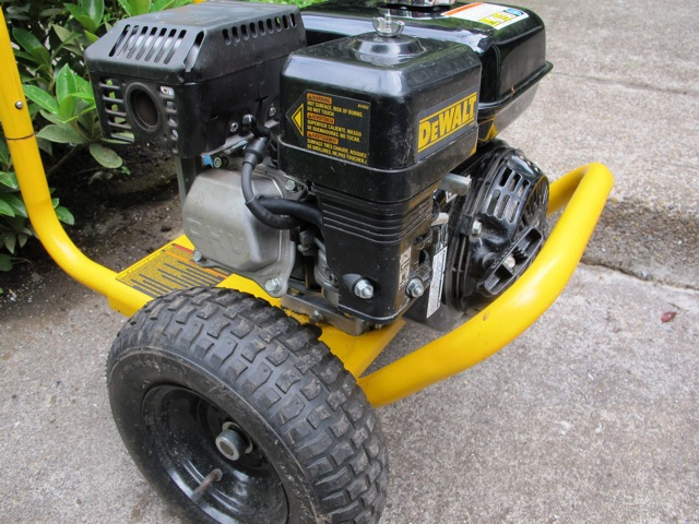 DeWALT DP2800 Pressure Washer